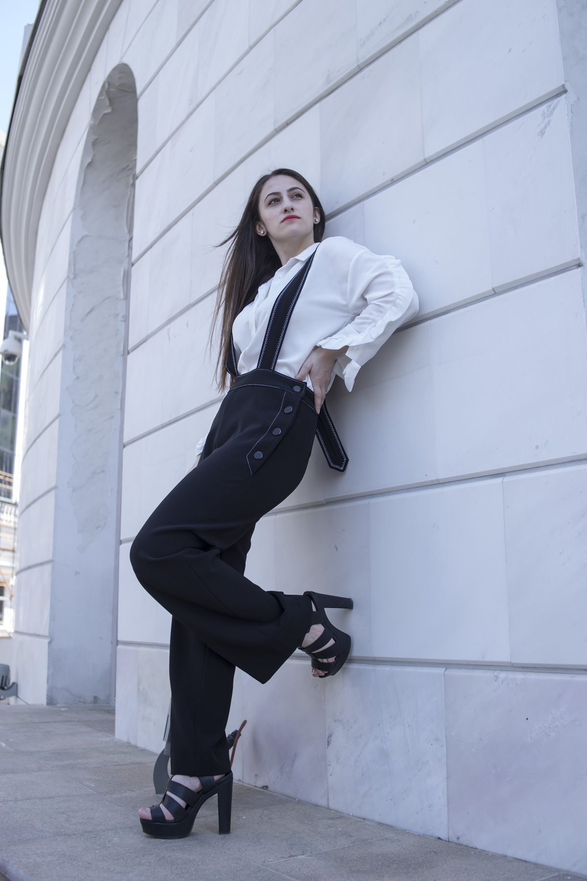856c6881b21 I am finally sharing with you the photos we shot with these suspender pants  that I
